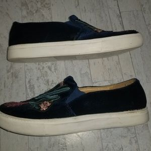 Dirty Laundry Shoes - Dirty Laundry Embroidered Slip On Canvas Loafers